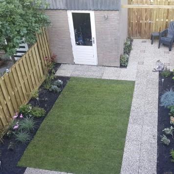 De opgeknapte tuin